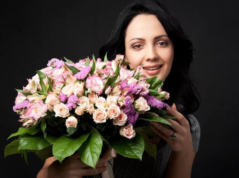 Цветы на заказ в городе туймазы, букети троянд ціна